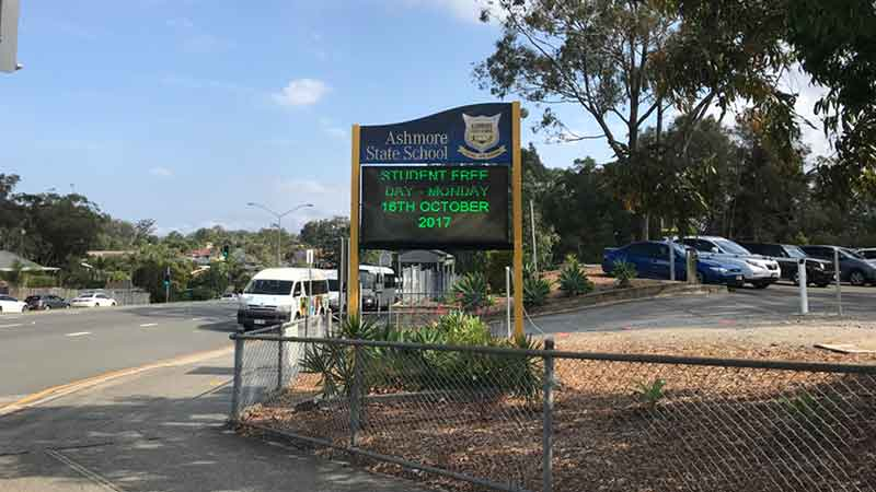 澳洲黄金海岸别墅Serenity On Hillview周边学校Ashmore State School,距离别墅700米